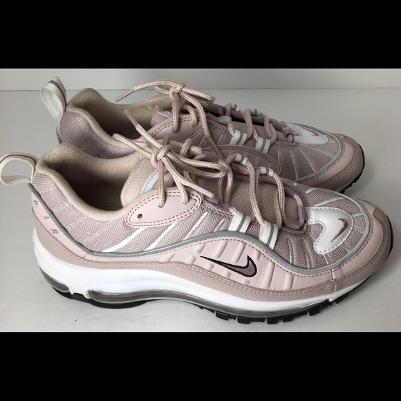 d82878bc9243 Nike Air Max 98 Running Shoe. M 5b870abcd6716a3fcec808a0